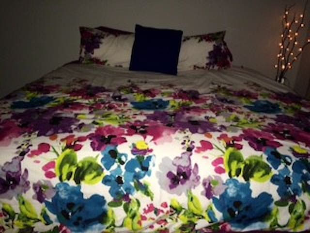 2 weeks minimum stay/pay. - Mount Coolum - Appartement