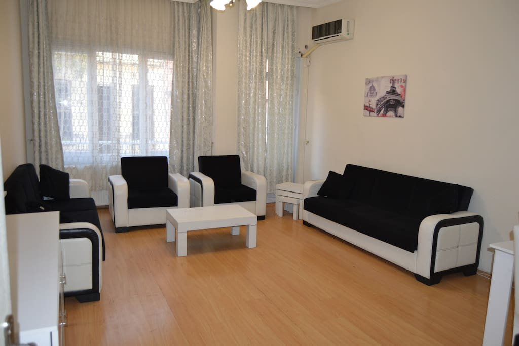 Cozy comfort apartment harbiye r9 flats for rent in for Guest house harbiye