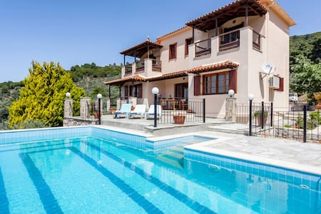 Perfect Vacation Villa with Private Pool - Skopelos
