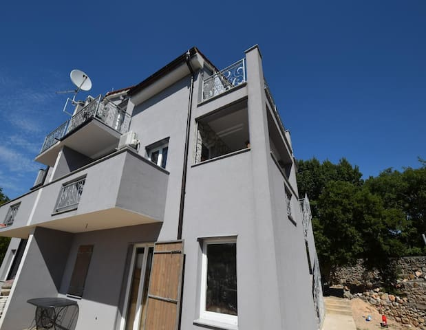 Two bedroom Apartment Dunja on the first floor