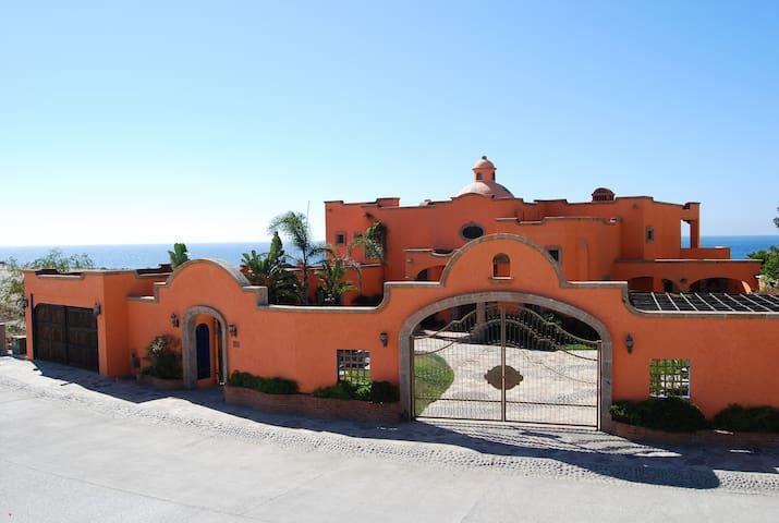 Hacienda Punta Piedra