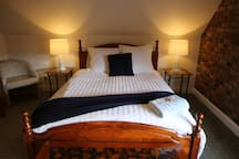 Main with queen size bed.