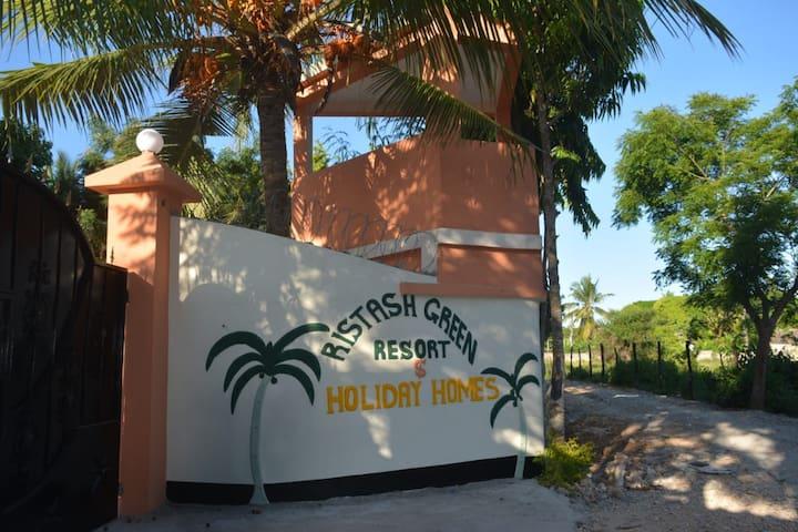 RISTASH GREEN RESORT AND HOLIDAY HOMES