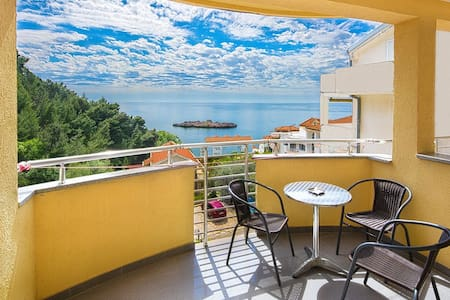 Double room with sea view - Sveti Stefan