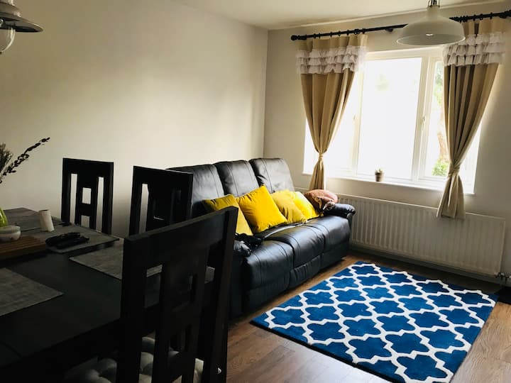 Lovely single room for holiday or long term rental