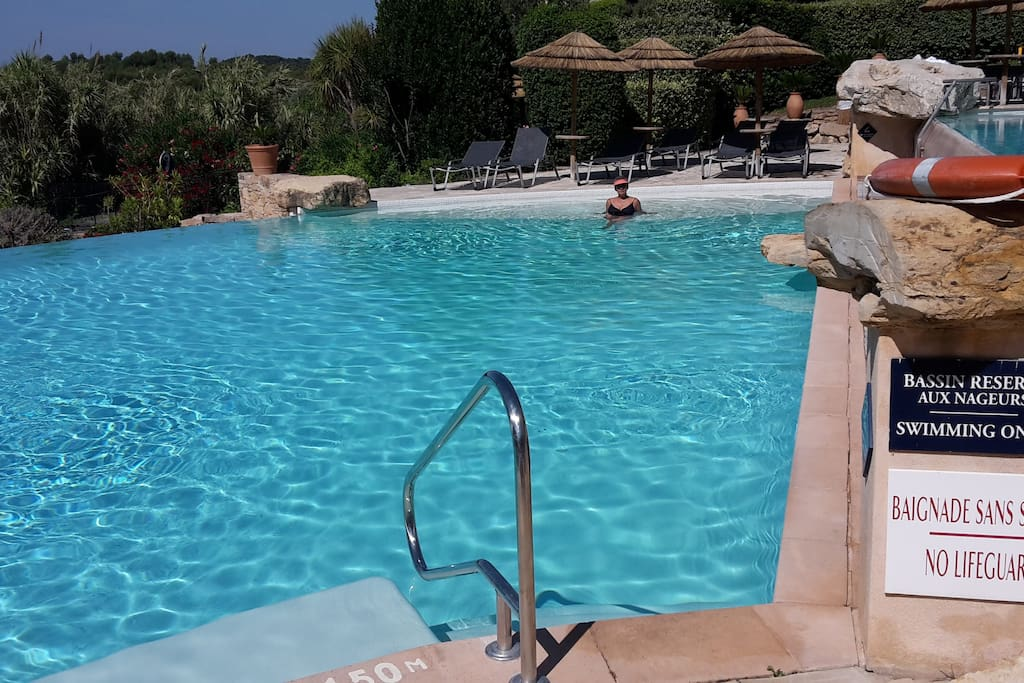 Une des trois piscines