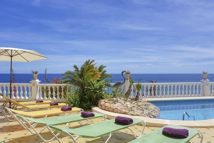Breathtaking sea views at luxury private villa