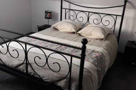 Chambre entre Mulhouse  et Colmar dans maison - Réguisheim - Rumah Tamu