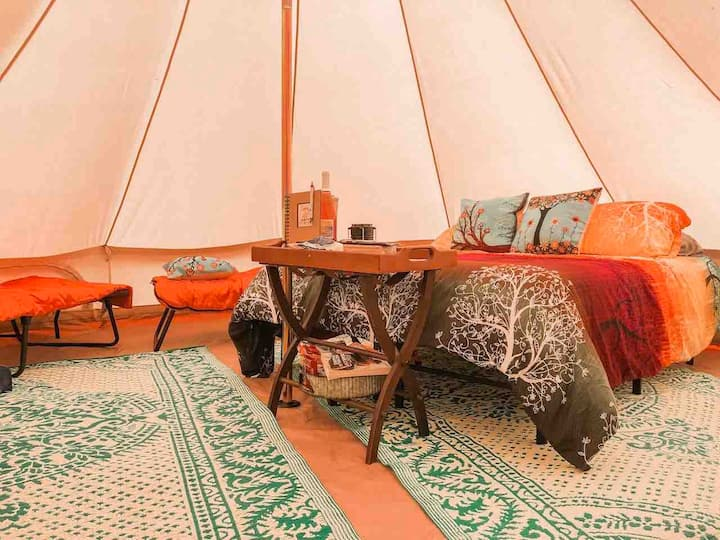 Double Duo & Social Distancing, Glamping UP NORTH!