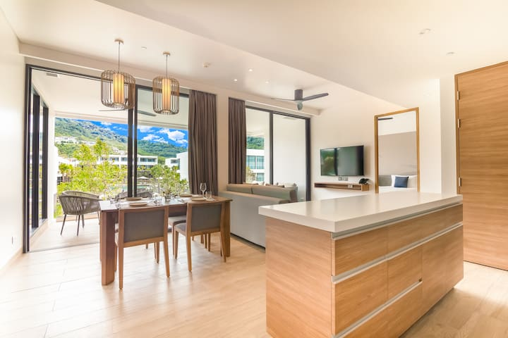 Stylish 2 BR Apartment in Phuket, Built in 2019!