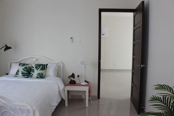 Penang Luxury Room Close Walk to Gurney Drive