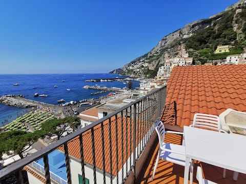 MammaRosanna 2 -Studio flat in Amalfi with terrace