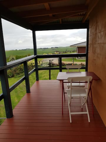 Farm accommodation 15 minutes from Phillip Island