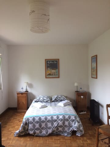 Spacious and warm room in Audembert - Audembert - House