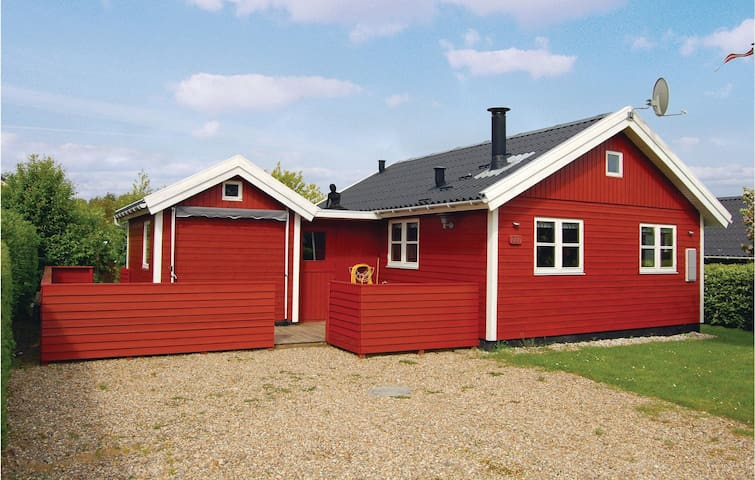 Holiday cottage with 2 bedrooms on 59m² in Hemmet