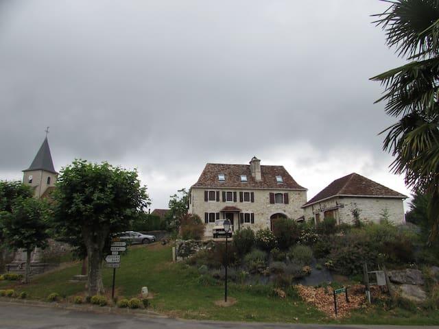 Castet'bonheur - Castetbon - House