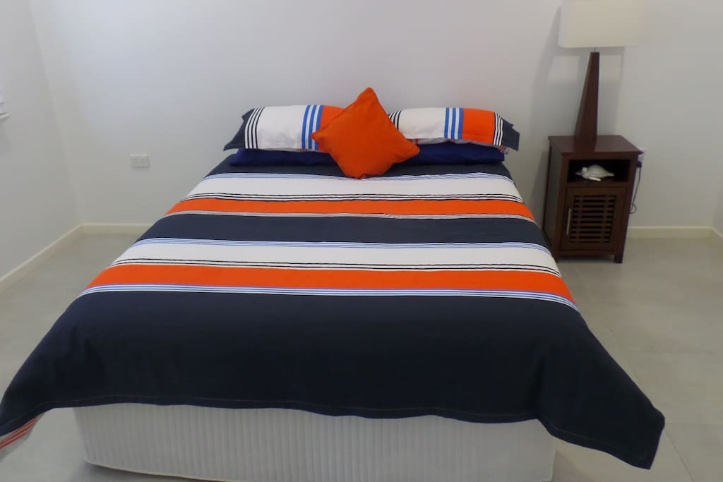 Queen Bed, Walk in Robe and Ensuite