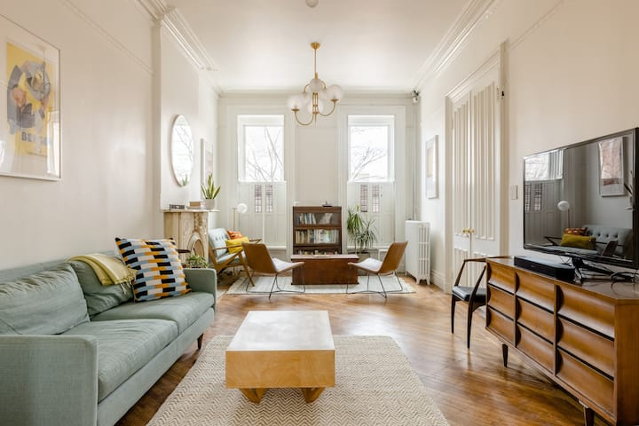 Sunny and spacious brownstone