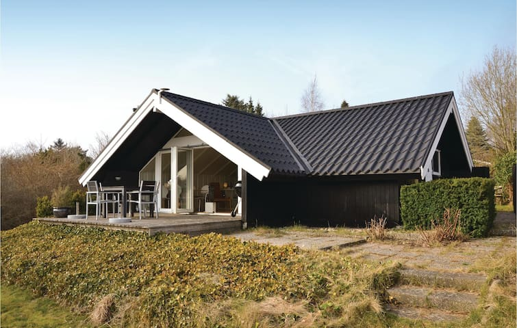 Holiday cottage with 2 bedrooms on 56m² in Gilleleje