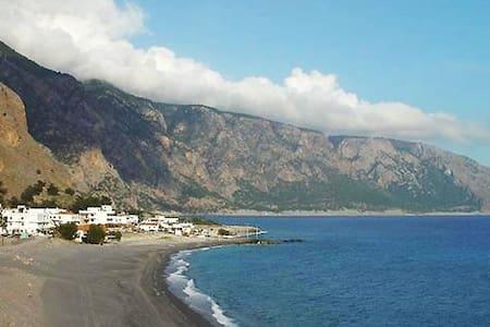 Artemis Studios 3, Agia Roumeli, Sfakia, Crete.