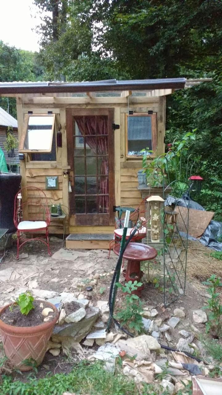 Peaceful Private Meditative Habitat