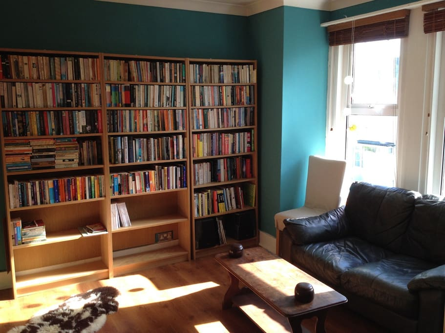 Sitting Room.  Books and games available.
