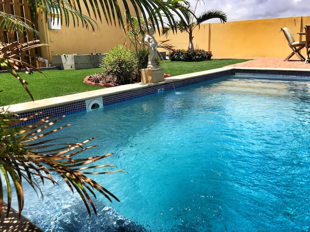 VillaSol w/pool, paradise awaits you! - Noord - Appartement