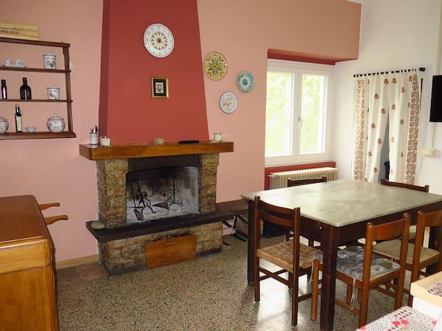 Peschiera: una casa sul Lago