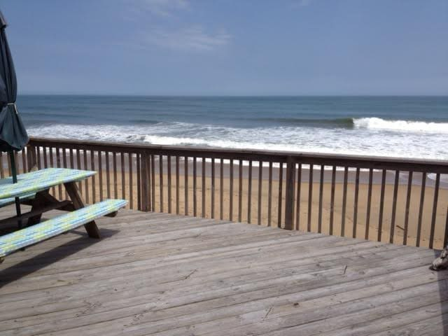 Direct Oceanfront Home Friday to Friday Rental