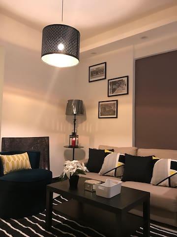 岭南天地祖庙商圈岭南明珠体育馆胡桃里文华里附近的 (Hidden by Airbnb) 生之家