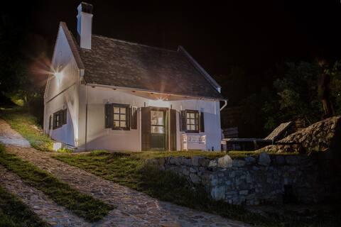 pohádkový venkovský dům-Balaton Kali-4 lůžka, sauna