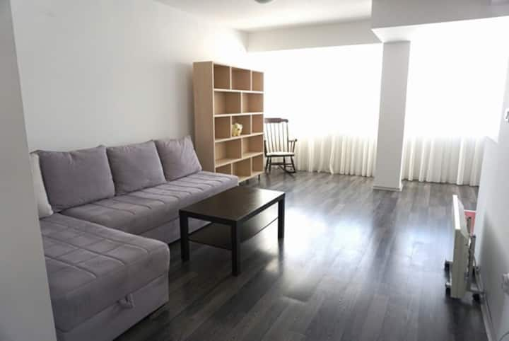 Awesome room near shopping centre City Mall