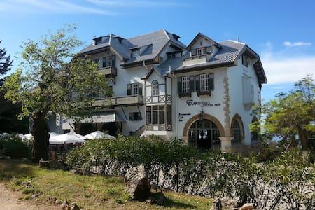 Elafos Hotel - Παραδοσιακό Κατάλυμα - Rhodes