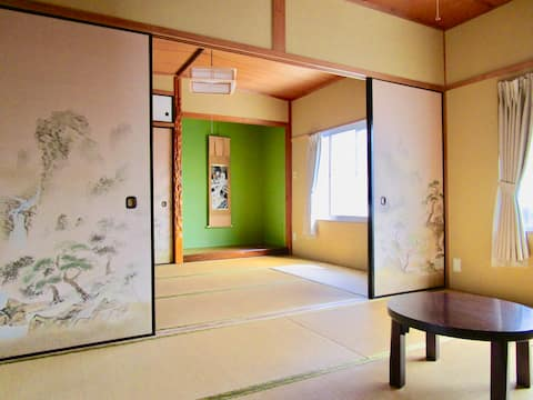 Private Room ( 5mins walk from Hasedera station )