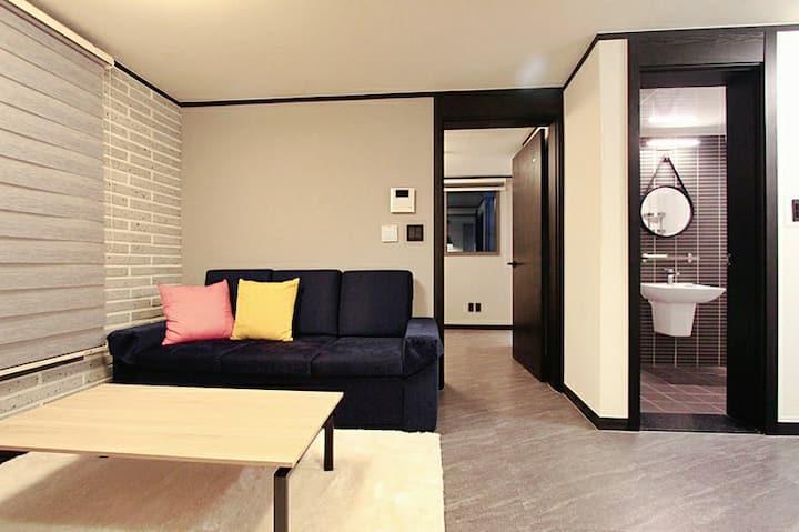 2 Bedroom in Samseong dong