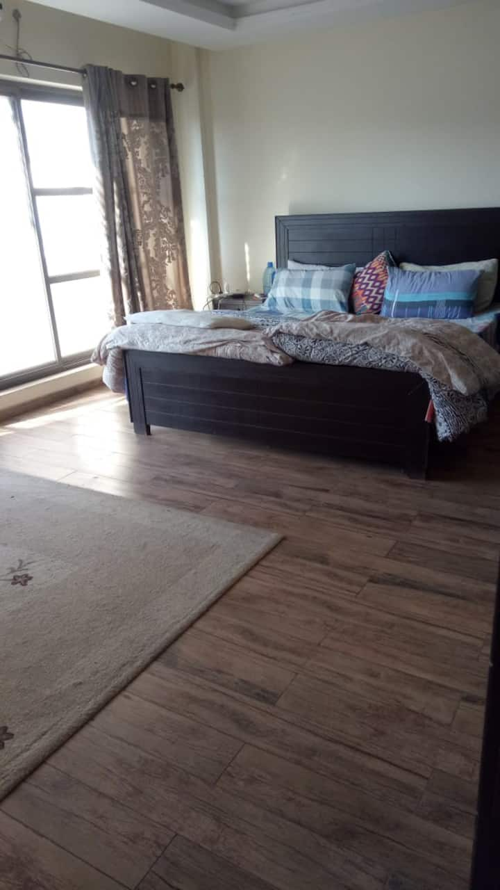 Luxury Apartment in Bahria Town for Women