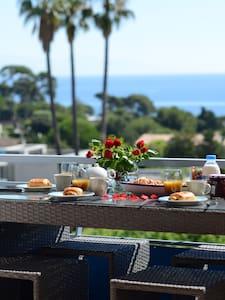 HIBISCUS - terrasse, parking,vue, confort, 4 pers