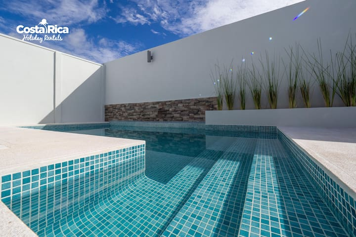 Private Pool, Cozy Condo Malaga Herradura  #97