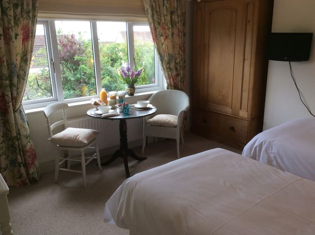 BayTree Garden View (Twin)