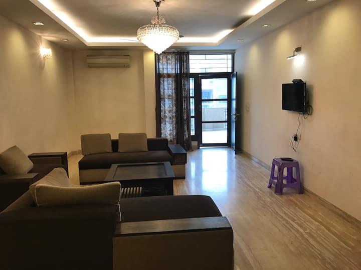 Amazing! 3 Bedroom apartment.