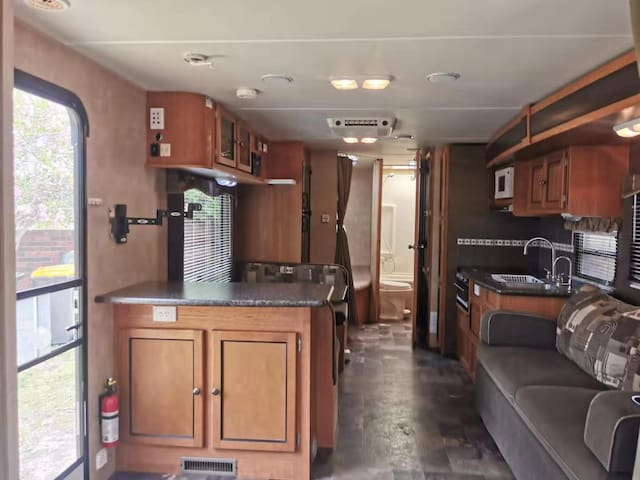 Chadstone Cruiser Caravan House
