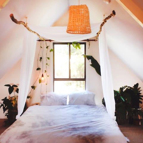 Sunny A Frame Loft - Talofa