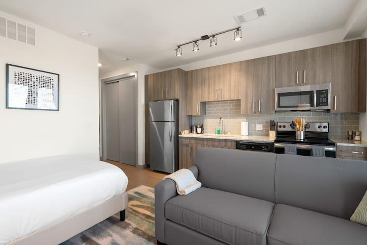 Kasa | Arlington | Comfortable Studio Apartment