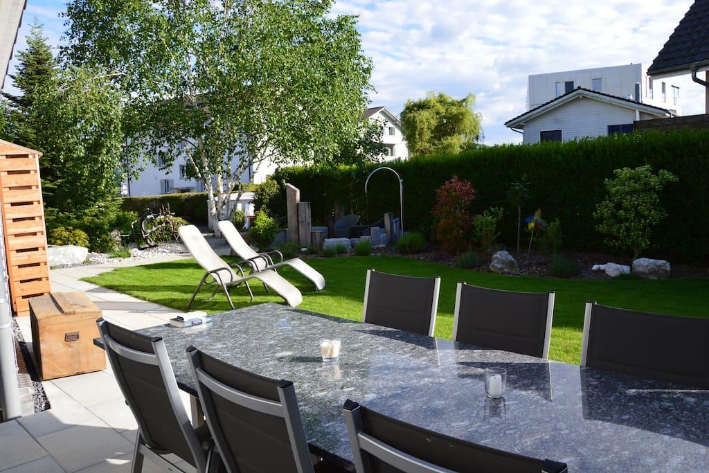 Terrasse und Garten zum Mitbenutzen
