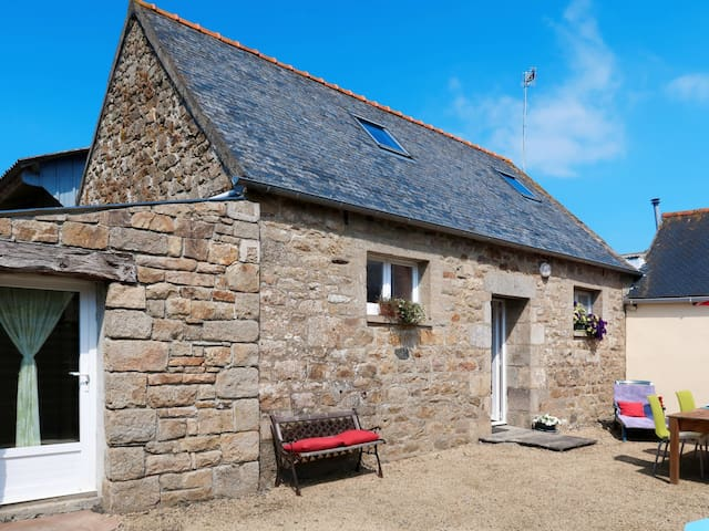 Holiday home in Ploumilliau for 4 persons