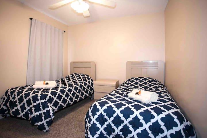 Great Bedroom near Disney