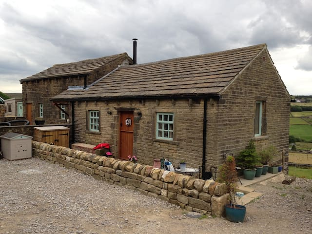 Far Stones Cottage - Oxenhope