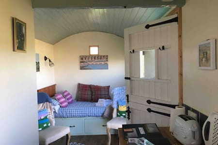 Northumbrian Pride, Shepherd's Hut, Lowick