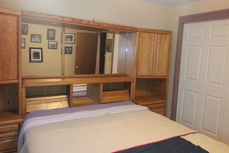 One bedroom by downtown CARSON CITY - Carson City - Hus