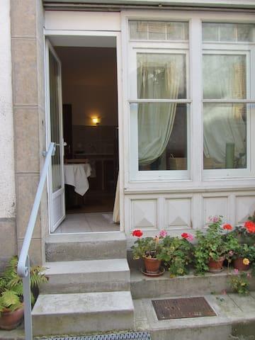La Maison de Natasha - Castillon-en-Couserans - Oda + Kahvaltı